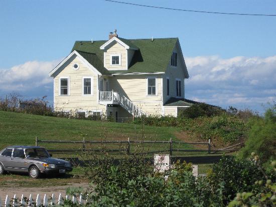 Block Island, RI: Avonlea, the perfect location with spectacular views