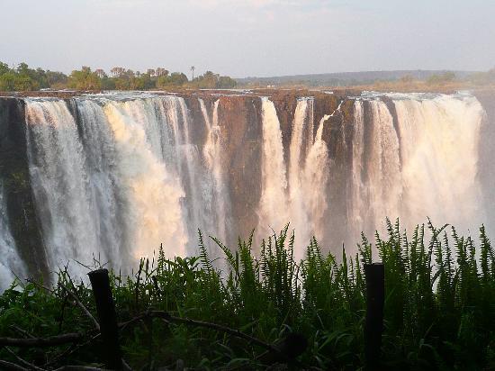 Chrismar Hotel : Chutes coté Zimbawé