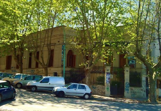 Loma Santa Cecilia: Casa Gazzolo, Alberdi y Cordoba