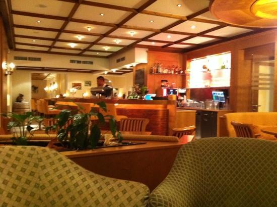 Hotel Rita: hotel bar