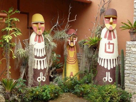 Laguna de los Condores: Museum mit männlichen und weiblichen Mumien