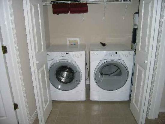 Hunter's Friend Resort & Condos : All condos come standard with a washer and dryer in the unit.