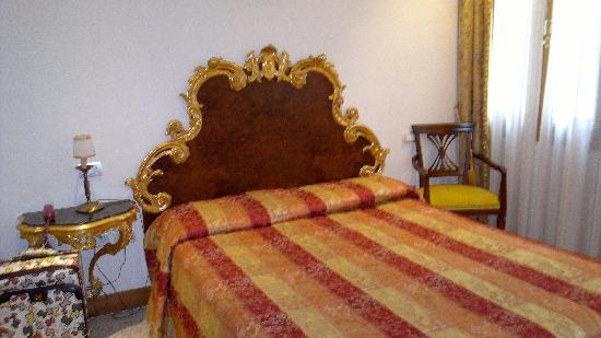 Hotel Ca' Fortuny: la camera da letto