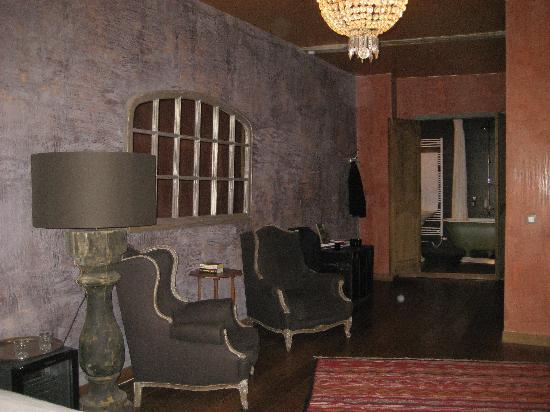 Le Coup de Coeur: Our first floor suite