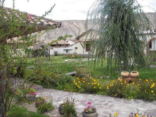 Hostal El Maizal: Jardin