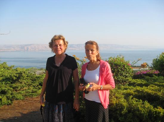 Abboud Tours: Our moms overlooking the Sea of Galilee