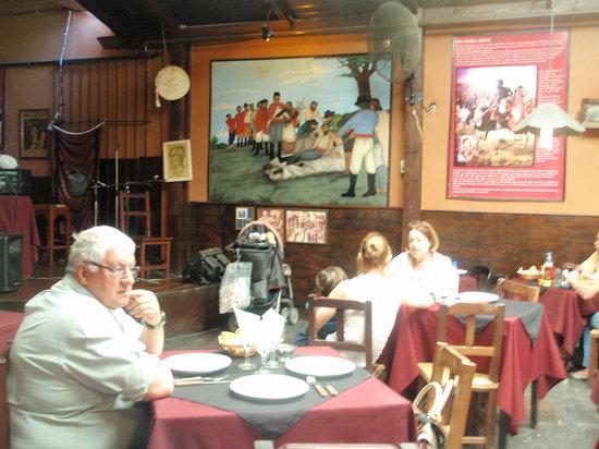 La Casa de Guemes: Interior del restaurant