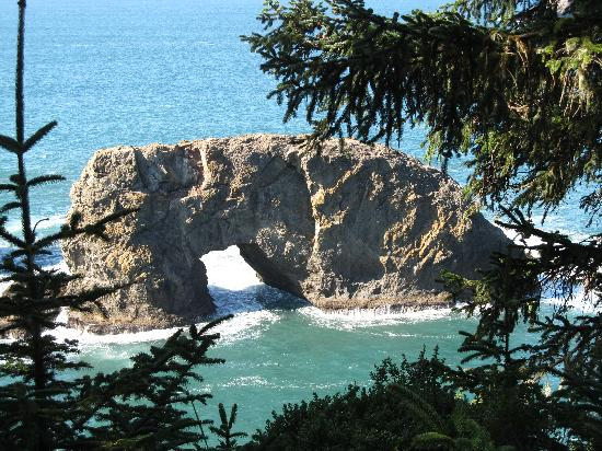 Whaleshead Beach Resort: arch rock- beautiful!