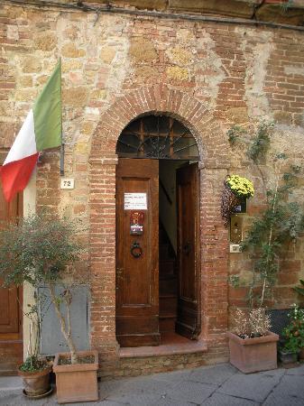 Antica Locanda: L'ingresso