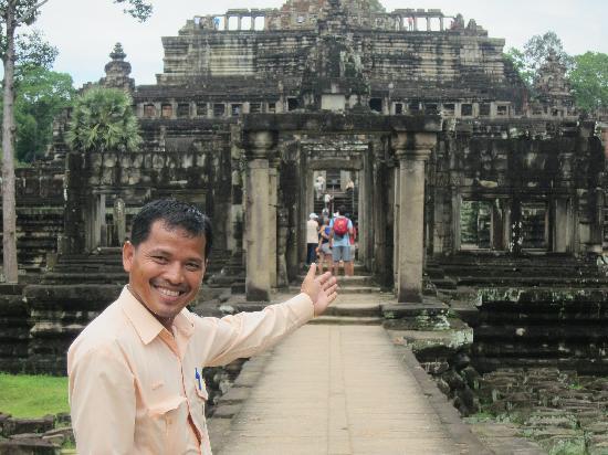 Angkor Guide Sopanha Private Tours: Sopanha at Angkor Wat
