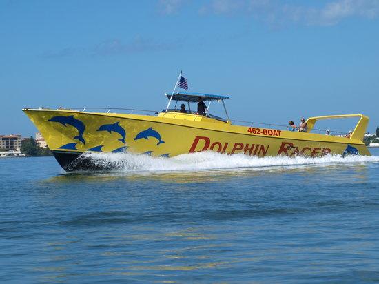 Speed Boat Adventures: Fellow trevelers