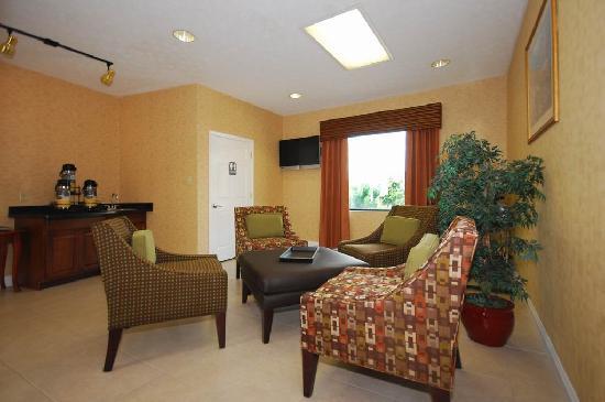 Quality Inn Dahlonega: Lobby