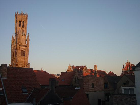 Hotel Van Eyck : View from our room evening