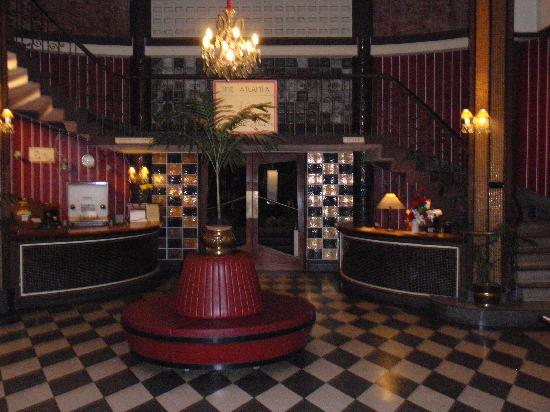 Atlanta Hotel : Entrance hall of hotel