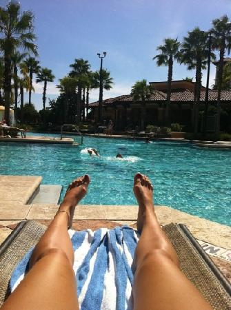 Floridays Resort Orlando: bliss at the pool
