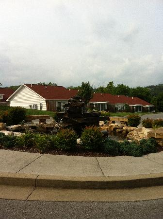 Appleview River Resort: Nice landscaping