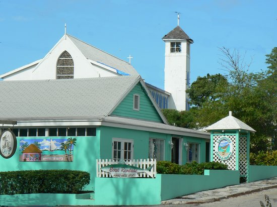 George Town, Great Exuma: Sandpiper Arts & Crafts