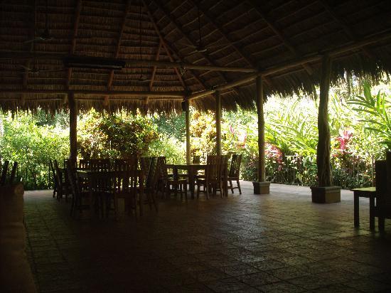 DoceLunas Hotel, Restaurant & Spa: Open-air restaurant