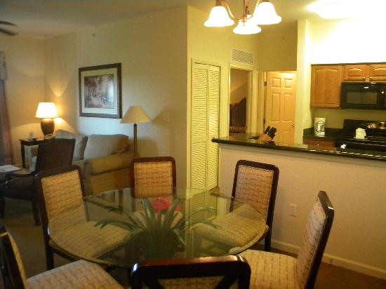 Lake Buena Vista Resort Village & Spa: dining room
