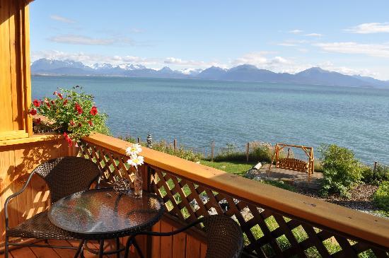 Homer Inn & Spa: View from Alpenglow Deck