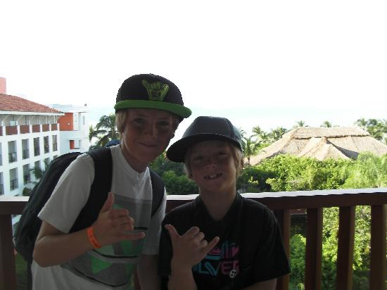 Sayulita Surf Day Camps: great surf