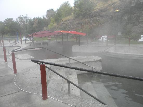 Idaho's World Famous Hot Pools: It was even snowing on us... in october