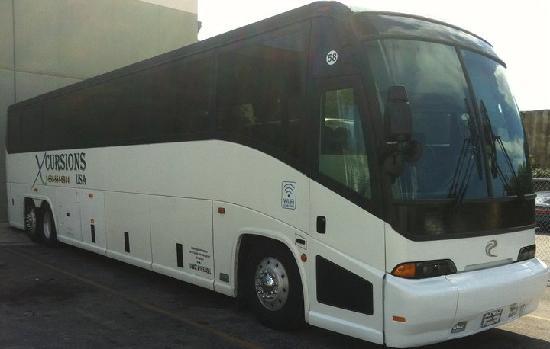 Xcursions USA - Day Tours: MCI 58 Pax Bus