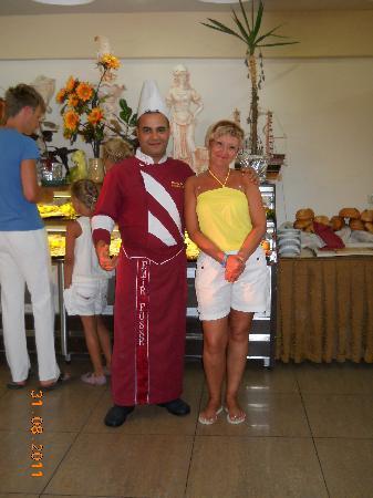 Emir Fosse Beach Hotel: Лучший шеф-повар Турции Мустафа.