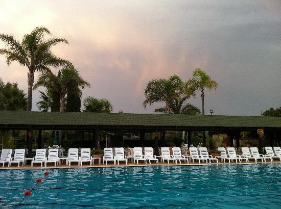 Hotel Leucosya: swimming-pool