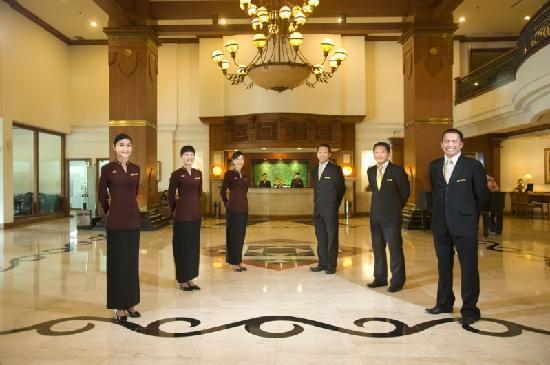 The Sunan Hotel Solo : Lobby