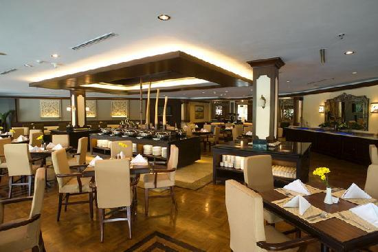 The Sunan Hotel Solo : Narendra - Indo Asia Dining