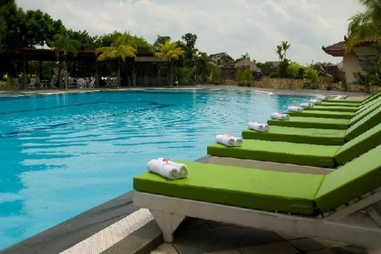 The Sunan Hotel Solo: Swimming Pool