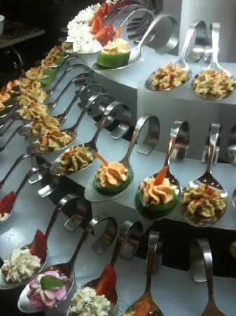 Holiday Garden Resort: Abendessen
