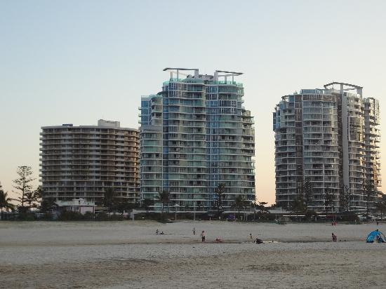 Coolangatta, Australia: Looking back to Tweed Heads