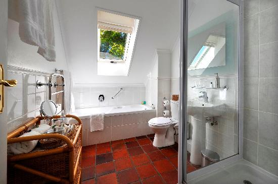 Gable Manor Guest House: En-suite 5