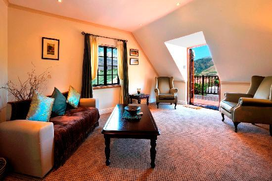 Gable Manor Guest House: Suite 6 lounge