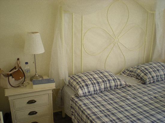 Villa Katapoliani I: La chambre