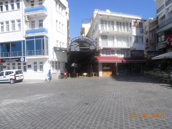 Grand Bazzar: Maramris Old Grand Bazaar