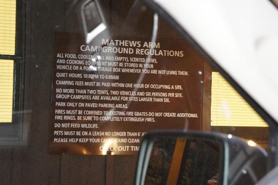 Mathews Arm Campground照片