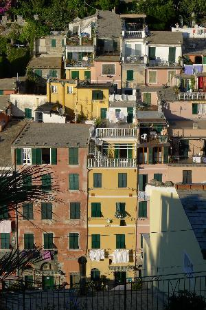 Ivo Camere: Vernazza