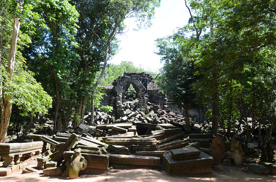 Siem Reap Province, Kambodja: The first sight of Beng Mealea