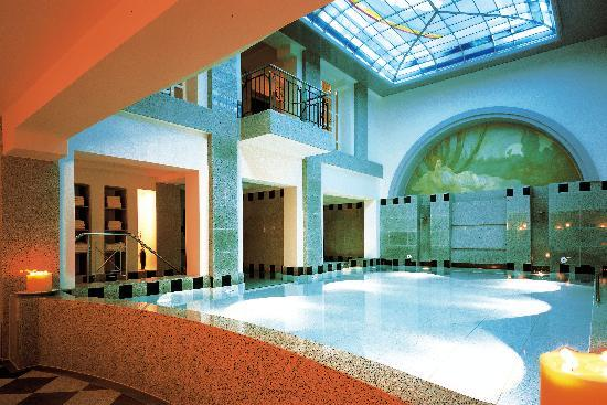 Dorint Maison Messmer : Royal Spa