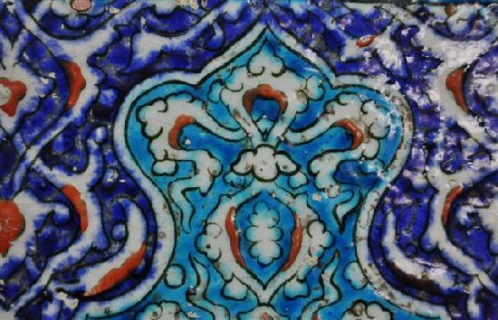 Behrampasa Mosque: Tiles used in the decoration