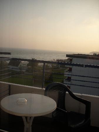 Carat Golf & Sporthotel: Fensterausblick