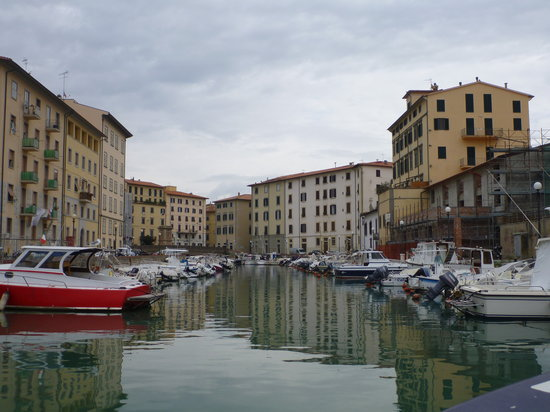 Giro dei Fossi di Livorno: From the canals