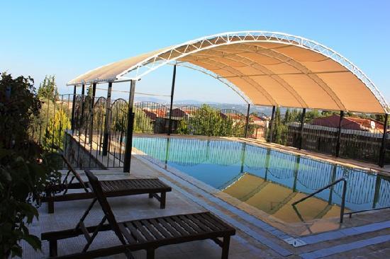 Natur-Med Doğal Tedavi ve Termal Kür Merkezi: Middle Hot Spring Mineral Pool