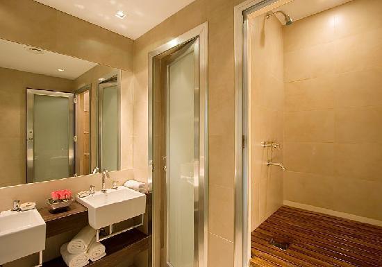 The Glu Hotel: Scottish Shower Hotel in Palermo