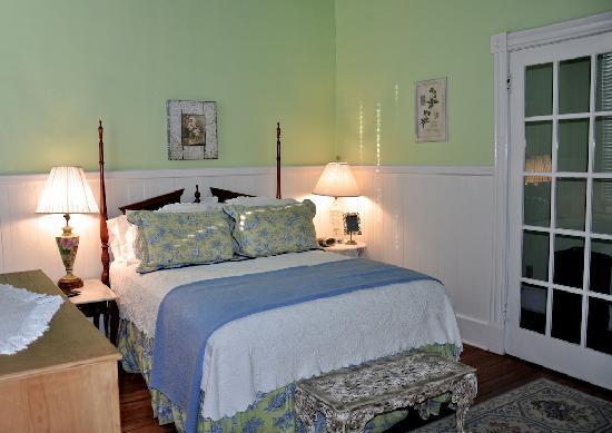 Forsyth Park Inn: Lovely Rooms