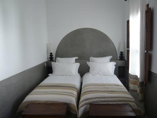 Riad Majala: Parte del dormitorio