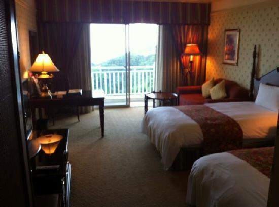 โรงแรมฟาร์กลอรี่: room 538 on ocean side